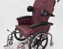 <b>EVOLUTION MOBILITY Chairs</b><br />Safely and comfortably move your patient.